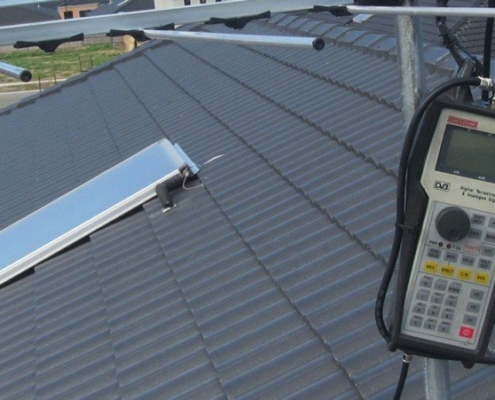 Testing aerial reception with digital TV reception testing tool